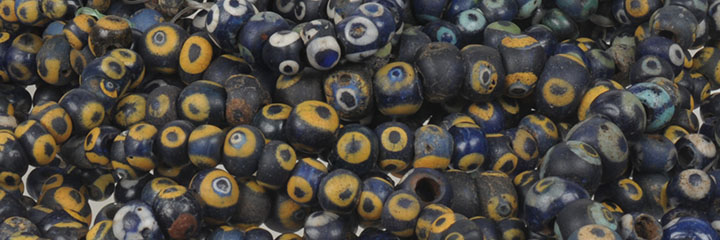 ancient_glass_eye_bead.jpg