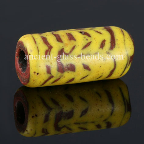 Germanic glass bead 85TM